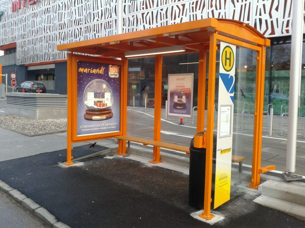 Buswartehaus beim Mariandl-Einkaufscenter